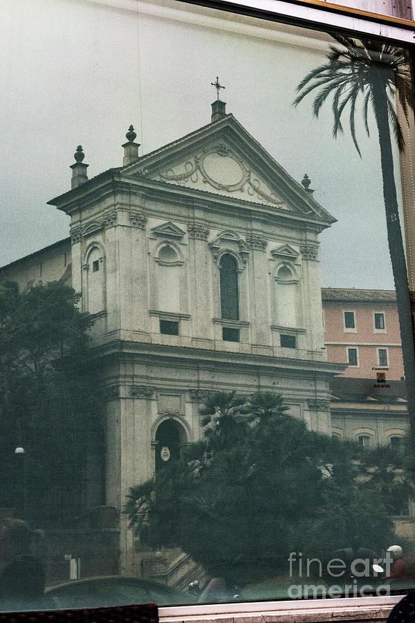 Roma Photograph - Gelato Munning by Joseph Yarbrough