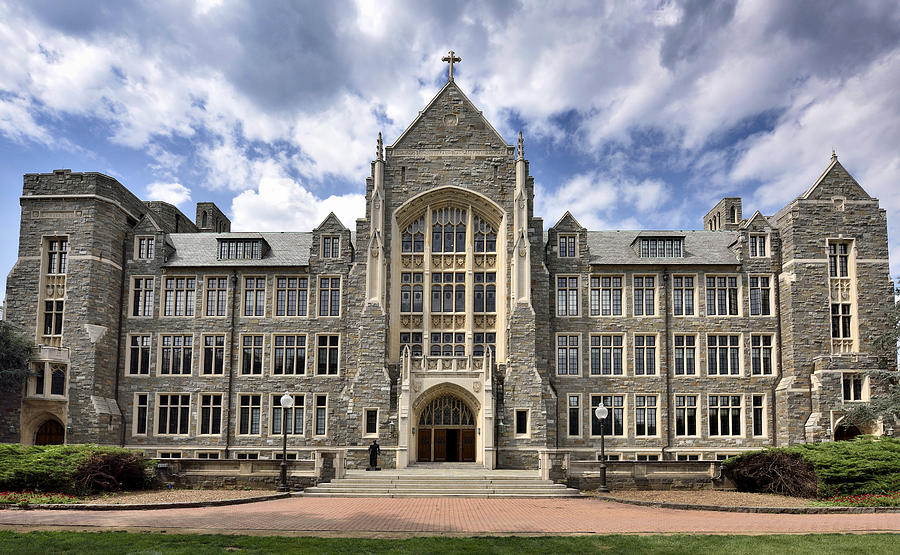 Georgetown University Photograph - Georgetown University - White-gravenor Hall by Brendan Reals