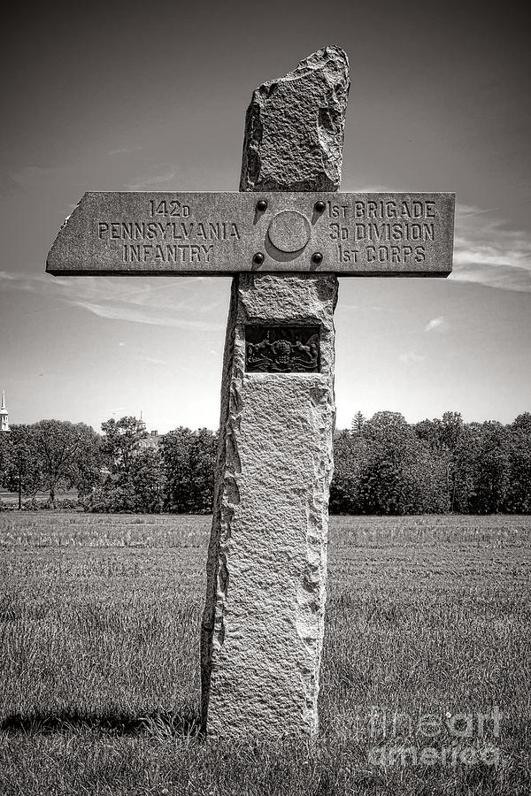 Gettysburg Photograph - Gettysburg National Park 142nd Pennsylvania Infantry Monument by Olivier Le Queinec