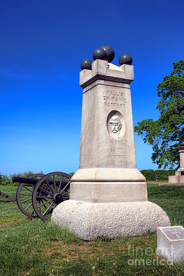 Gettysburg Photograph - Gettysburg National Park 2nd Maine Battery Memorial by Olivier Le Queinec