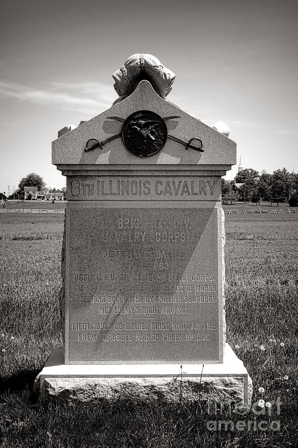 Gettysburg Photograph - Gettysburg National Park 8th Illinois Cavalry Monument by Olivier Le Queinec