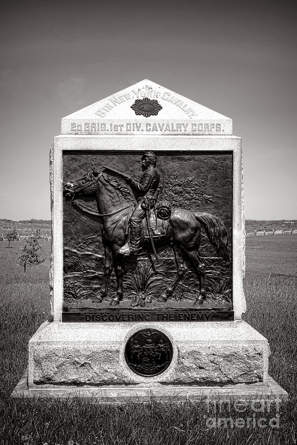 Gettysburg Photograph - Gettysburg National Park 9th New York Cavalry Monument by Olivier Le Queinec