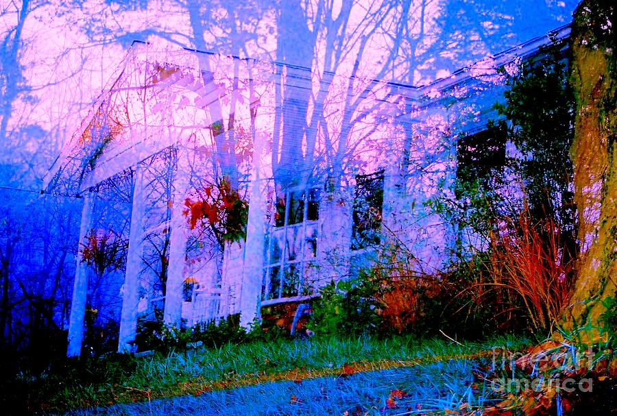 ghostHOUSE Photograph