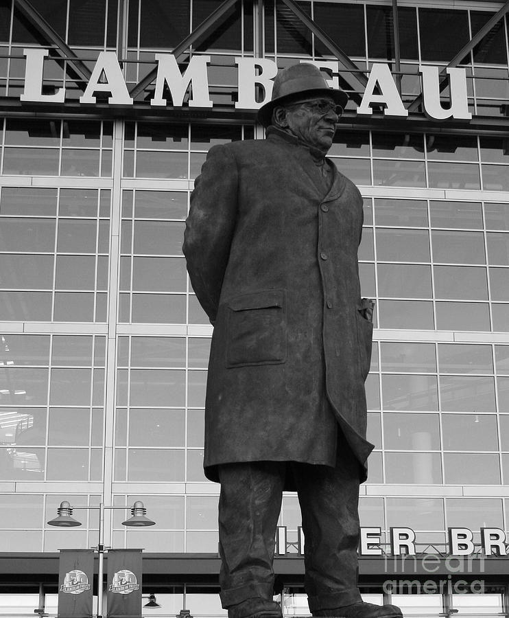 Vince Lombardi Photograph - Ghosts Of Lambeau by Tommy Anderson