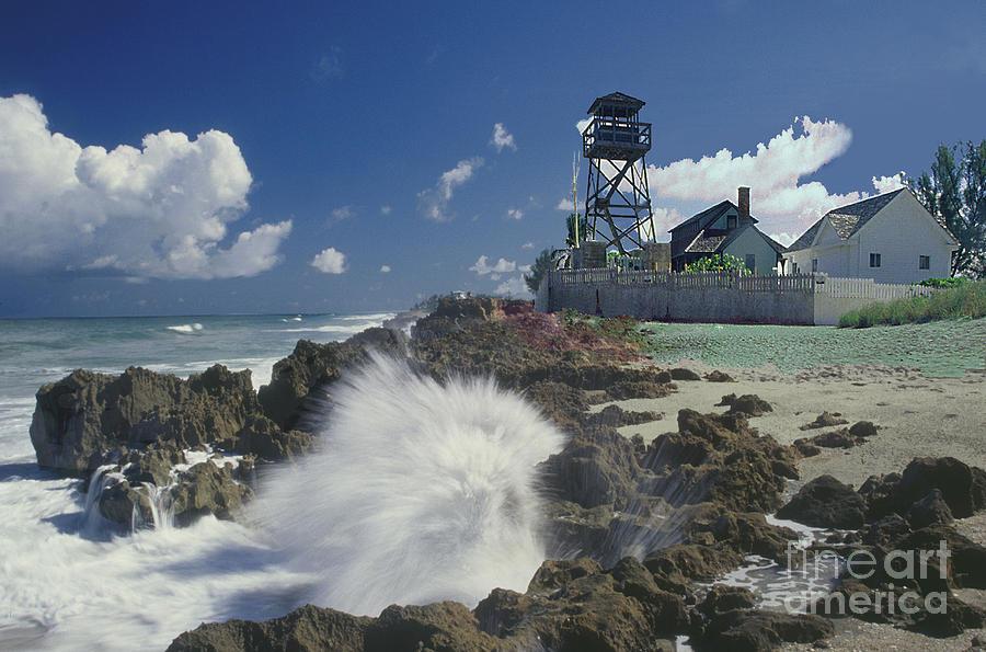 Lighthouse Photograph - Gilberts Bar House Of Refuge by Richard Nickson