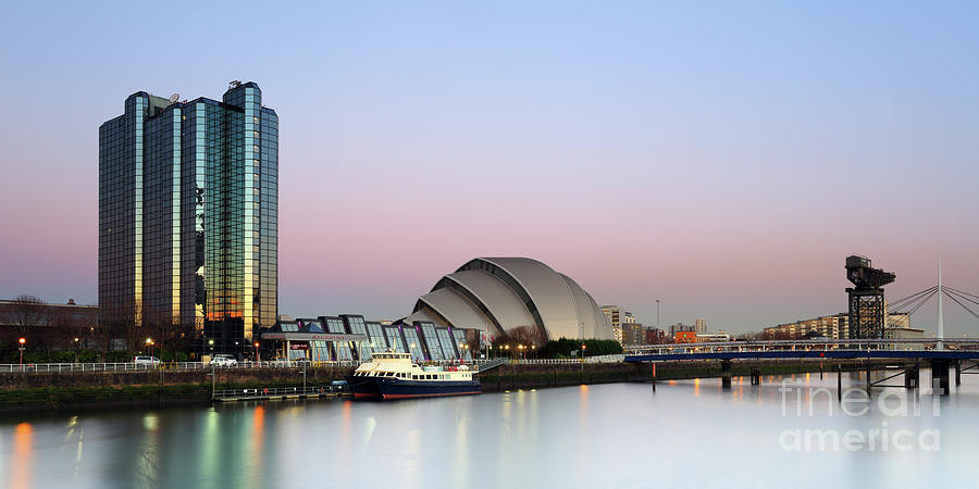 Glasgow River Clyde at Sunrise by Maria Gaellman