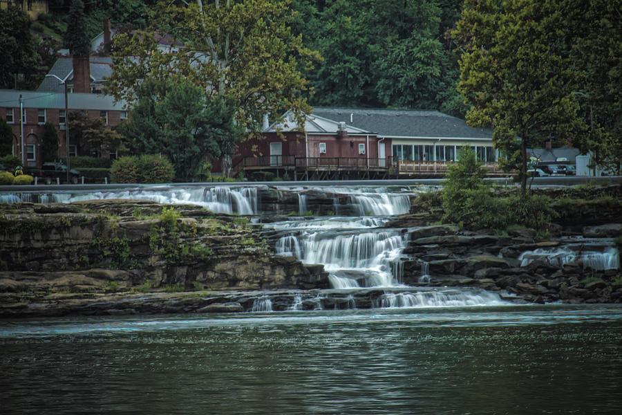 Glen Farris On the Falls by Daniel Houghton