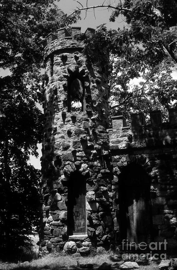 Castle Photograph - Glen Island Castle  by Richard Rizzo