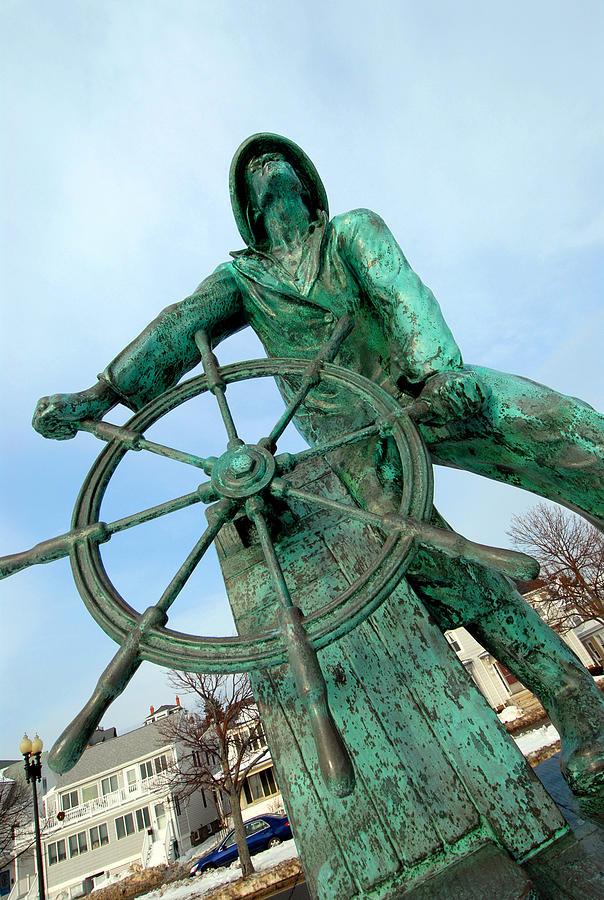 Statue Photograph - Gloucester Fisherman by Craig Incardone