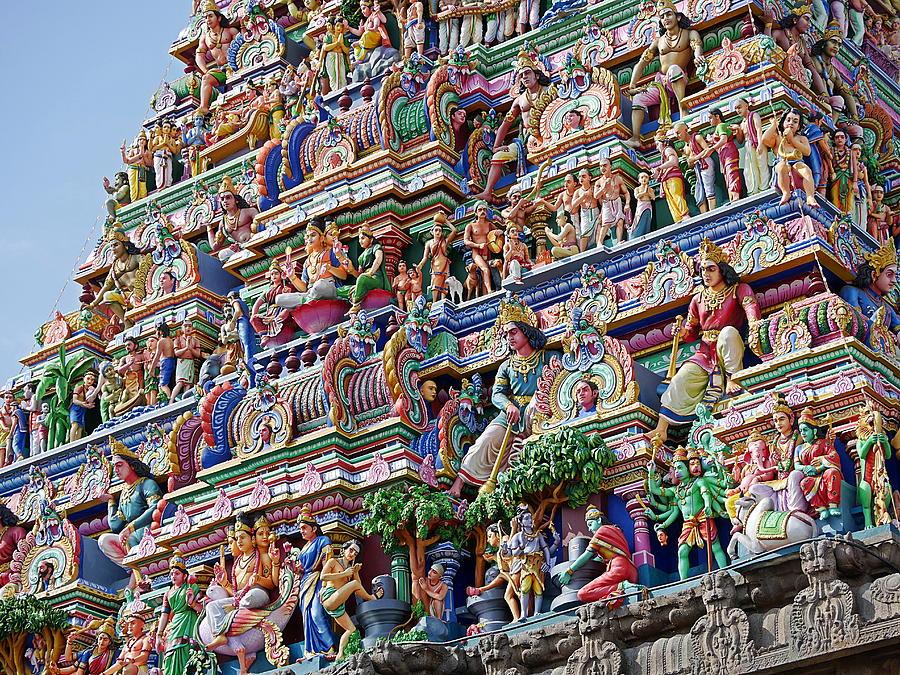 Richard Reeve Photograph - Gods above X - Kapaleeshwarar Temple, Mylapore by Richard Reeve