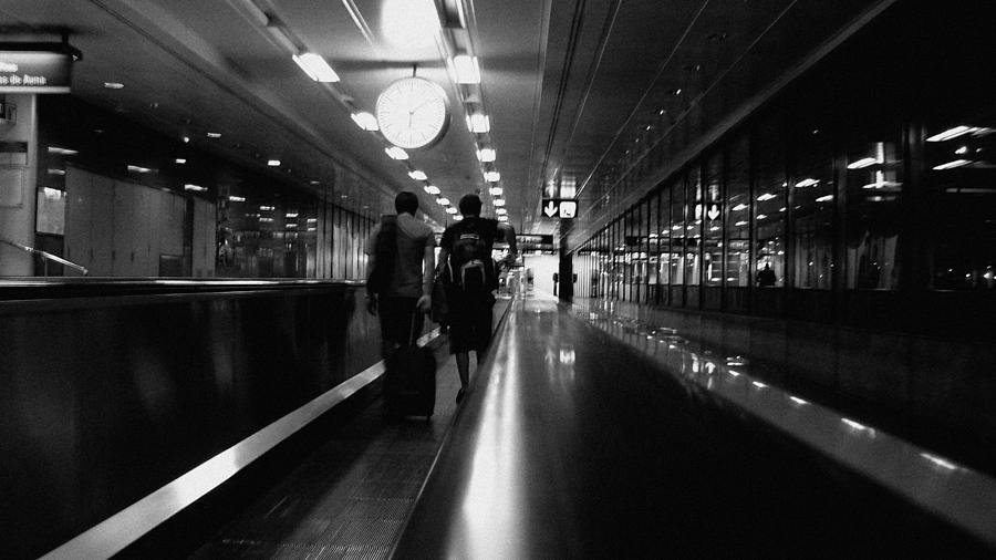 Going away by Pedro Fernandez