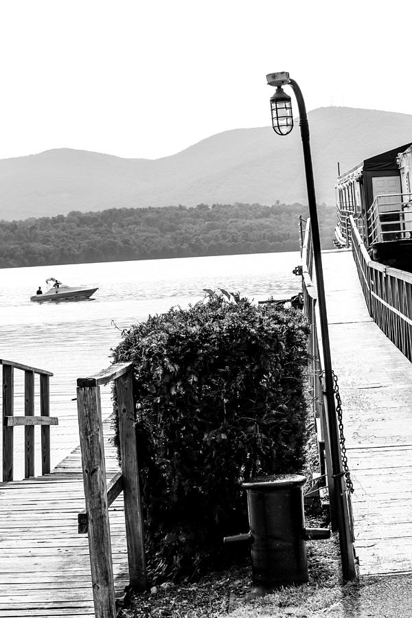 Newburgh Photograph - Going South by Victory Designs