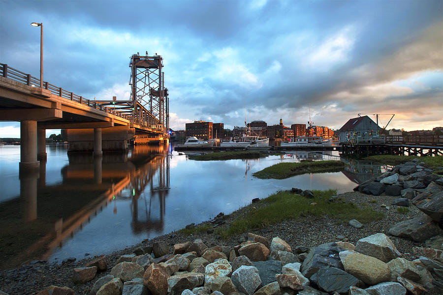 Gold Photograph - Golden Light in Portsmouth by Eric Gendron