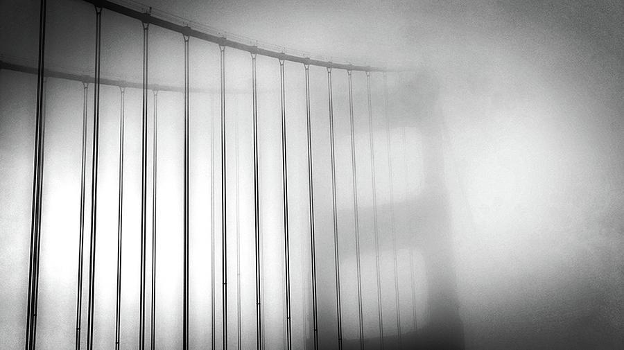 Golen Gate Fog by Eric Wiles