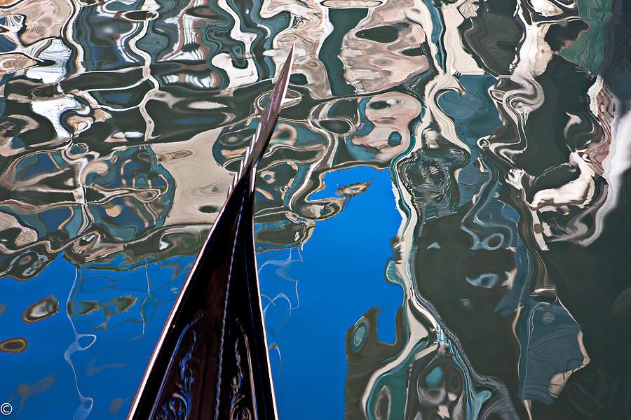 Azura Photograph - Gondola 8 by Noel Greene