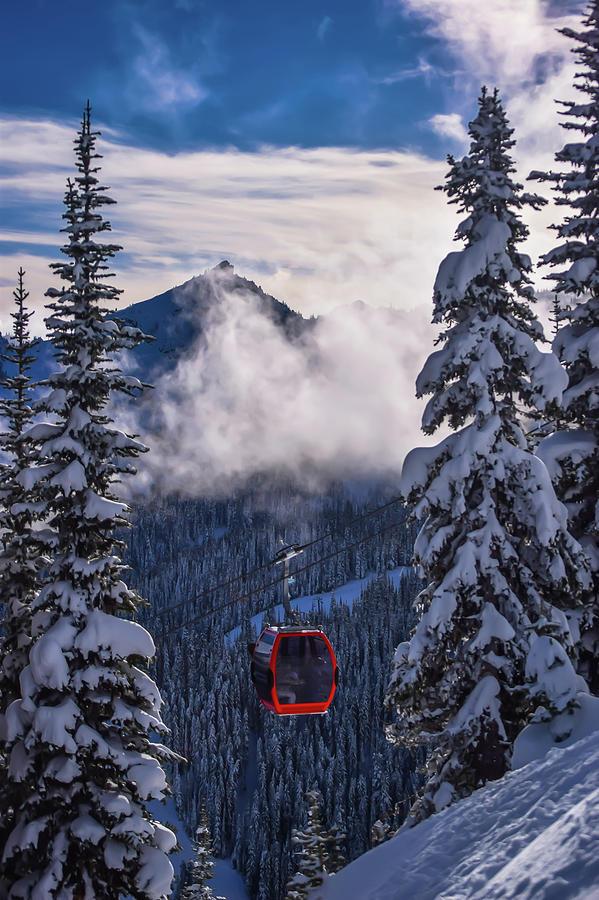 Gondola Lift on Crystal Mountain by Richard Cheski