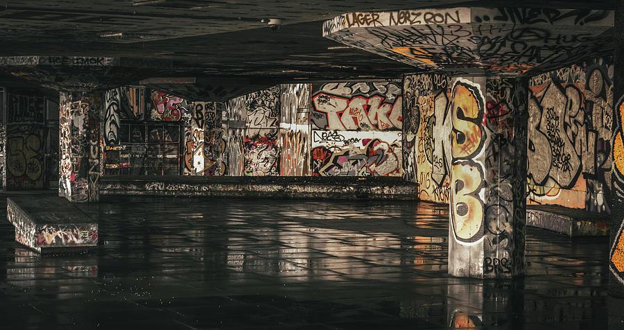 City Photograph - Graffiti - 2016/o/11 by Franklin Ambo