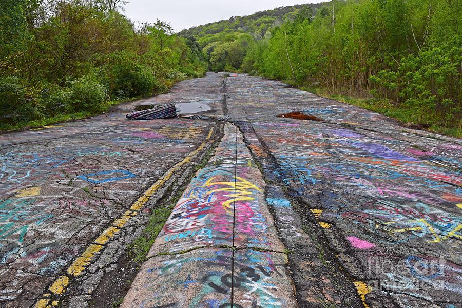 May Photograph - Graffiti Highway, Facing South by Ben Schumin