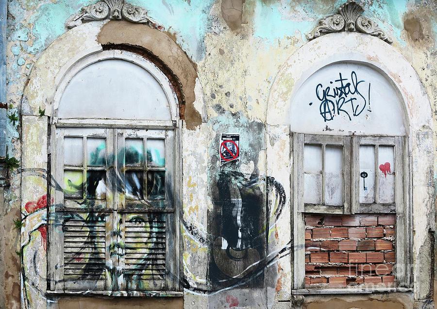 Graffiti in San Salvador by Vivian Christopher