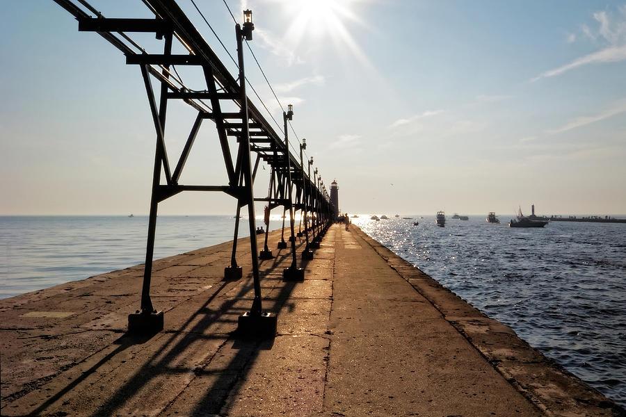 Grand Haven Pier by Lars Lentz