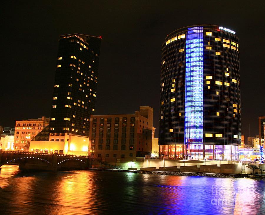 Grand Rapids Mi City Scapes Photograph - Grand Rapids Mi Under The Lights-4 by Robert Pearson