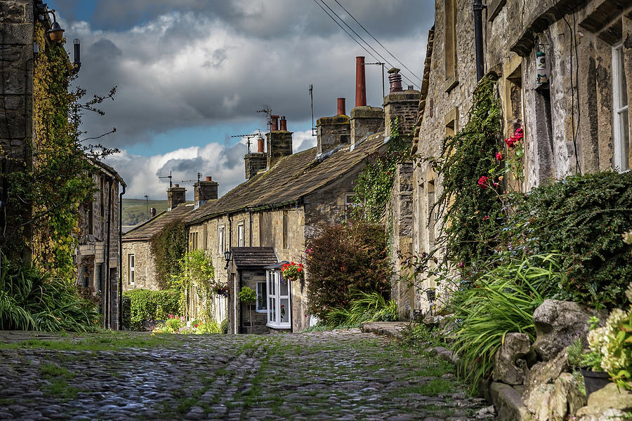 Grassington Photograph - Grassington by Yorkshire In Colour