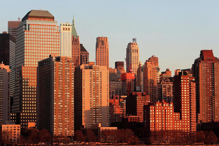 Etats Unis Photograph - Gratte Ciel Manhattan Usa by Catherine Leblanc