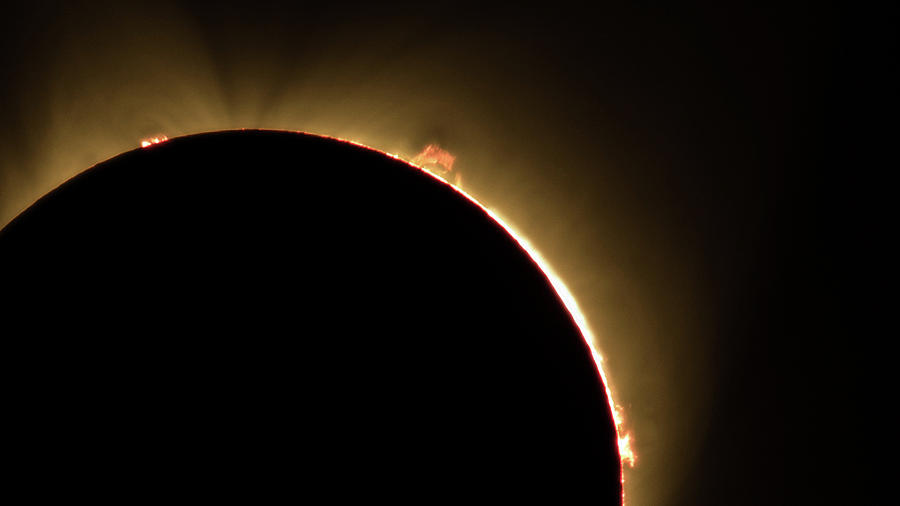 Great American Eclipse 16x9 Prominence as seen in Albany, Oregon. by John King