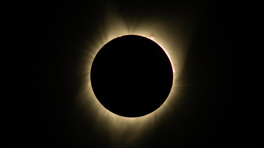 Great American Eclipse 16x9 Totality Square as seen in Albany, Oregon. by John King