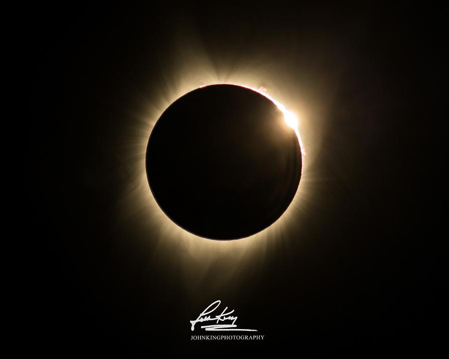 Great American Eclipse Diamond Ring 5x7 as seen in Albany, Oregon.  Signature Edition by John King