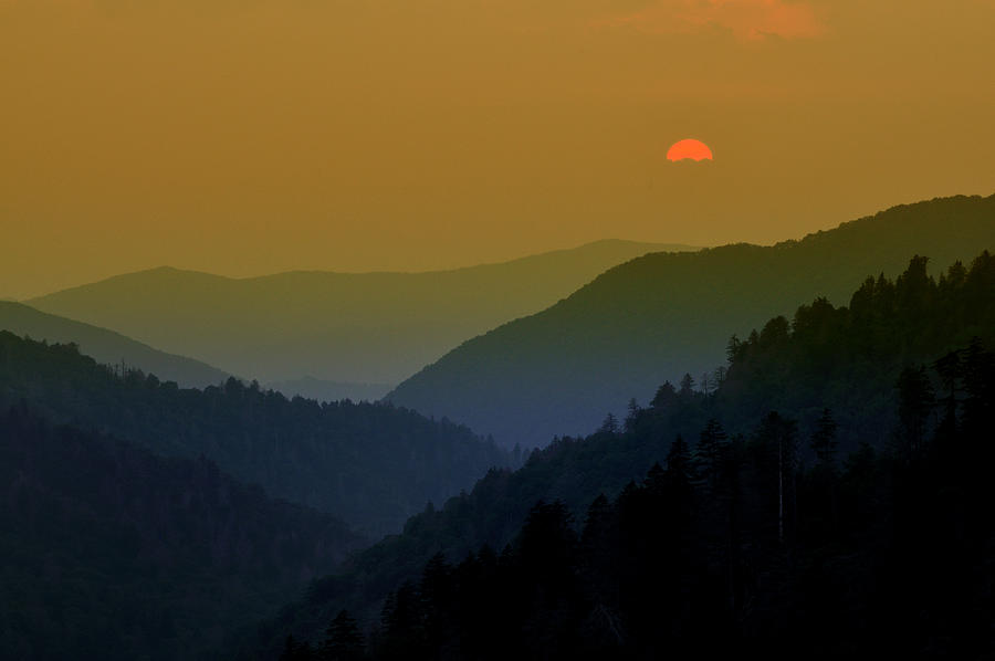 Mortons Overlook Photograph - Great Smoky Mountain Sunset by Thomas Schoeller