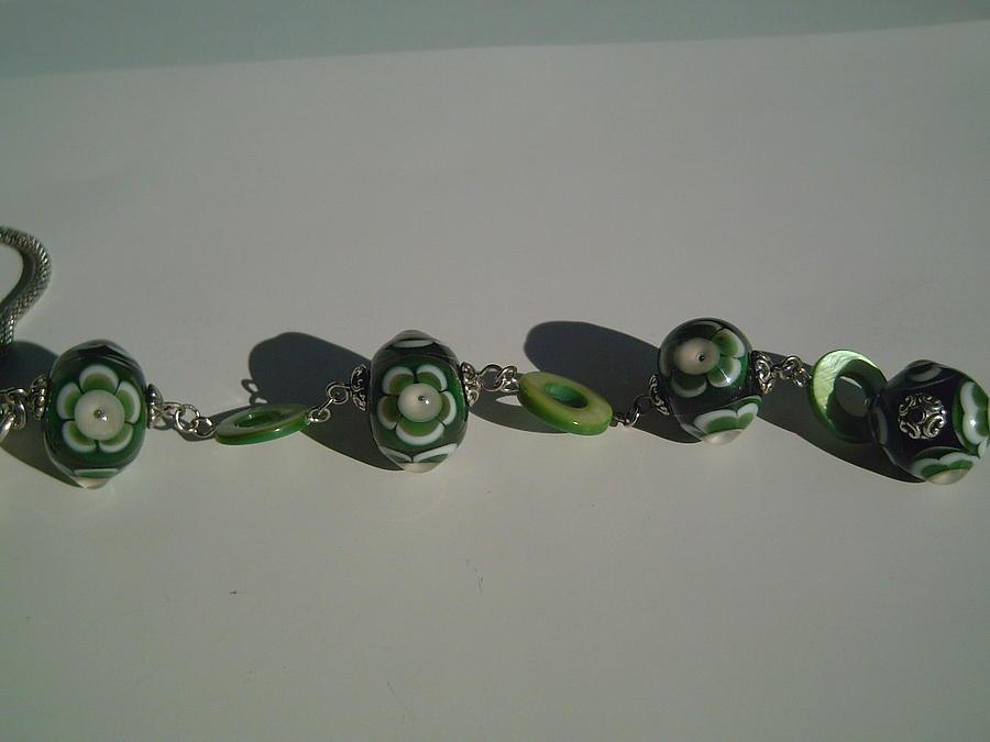 Lampwork Glass Art - Greeen Flower Lampwork Necklace by Ozlem Ercan