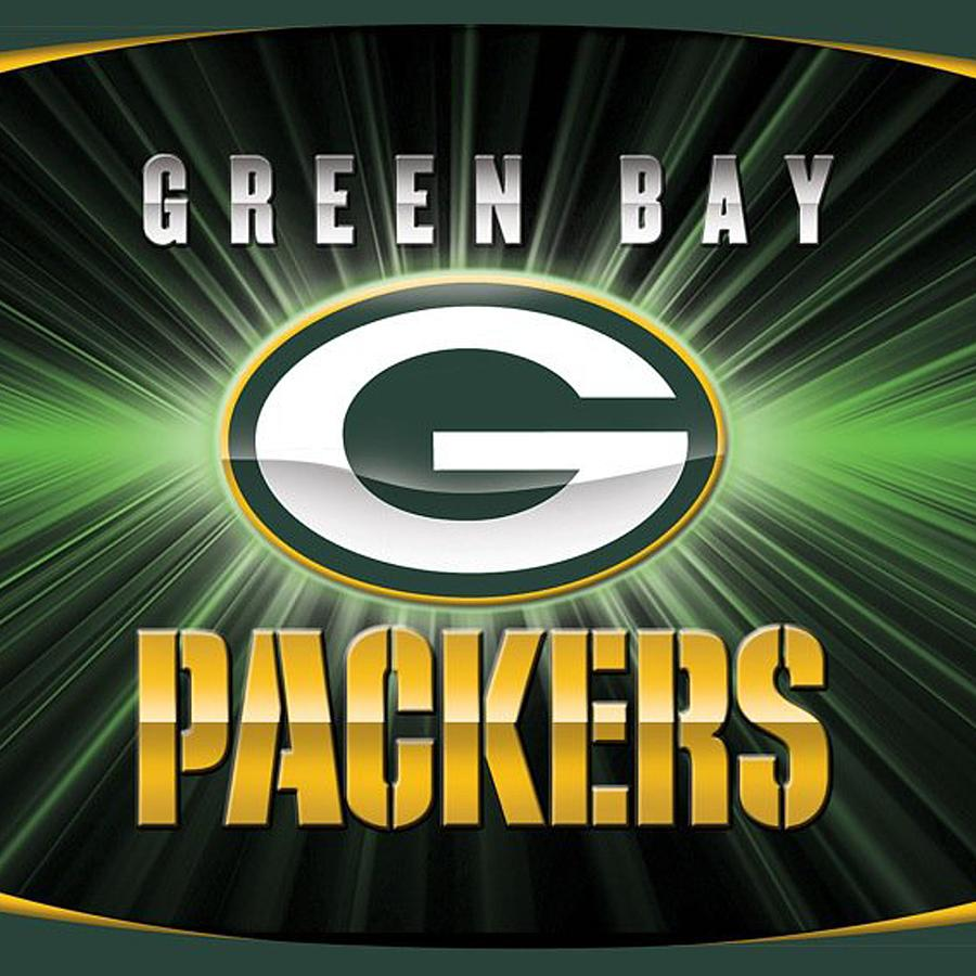 Green Bay Packers Photograph - Green Bay Packers by Mitro Dente