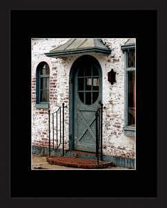 Green Door Photograph - Green Door by Brooke Chao