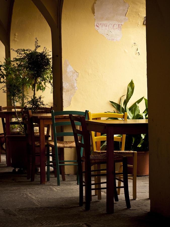 Greve In Chianti Photograph - Greve In Chianti Patio by Rae Tucker