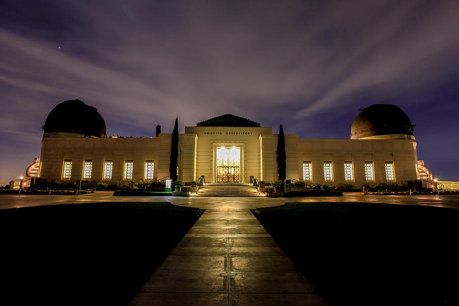 Night Photograph - Griffith Observatory by Robert Aycock