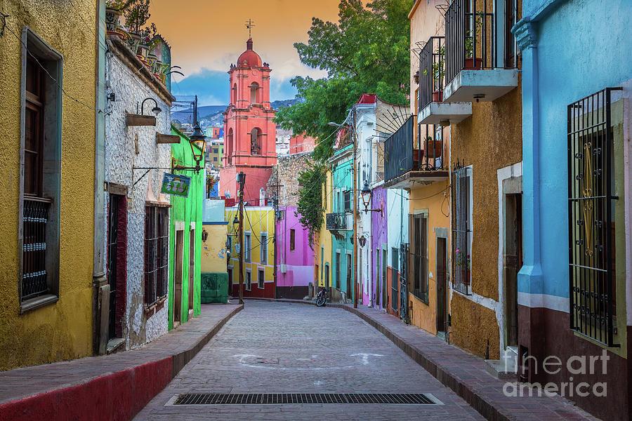 America Photograph - Guanajuato Backstreet by Inge Johnsson