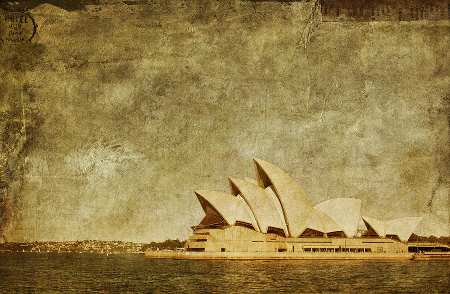 Sydney Photograph - Guided Tour by Andrew Paranavitana