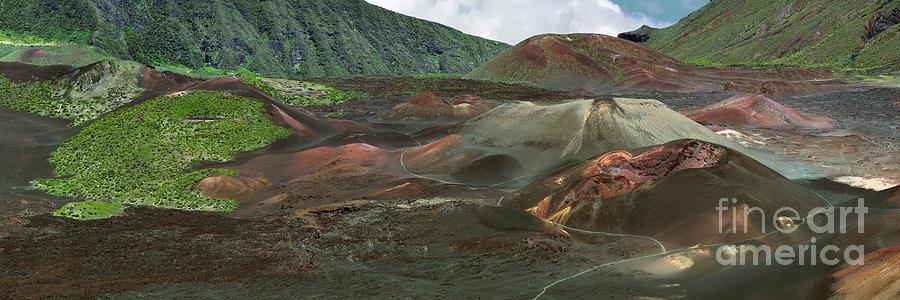 Halali'i Pu'u in the Haleakala Crater  by Frank Wicker