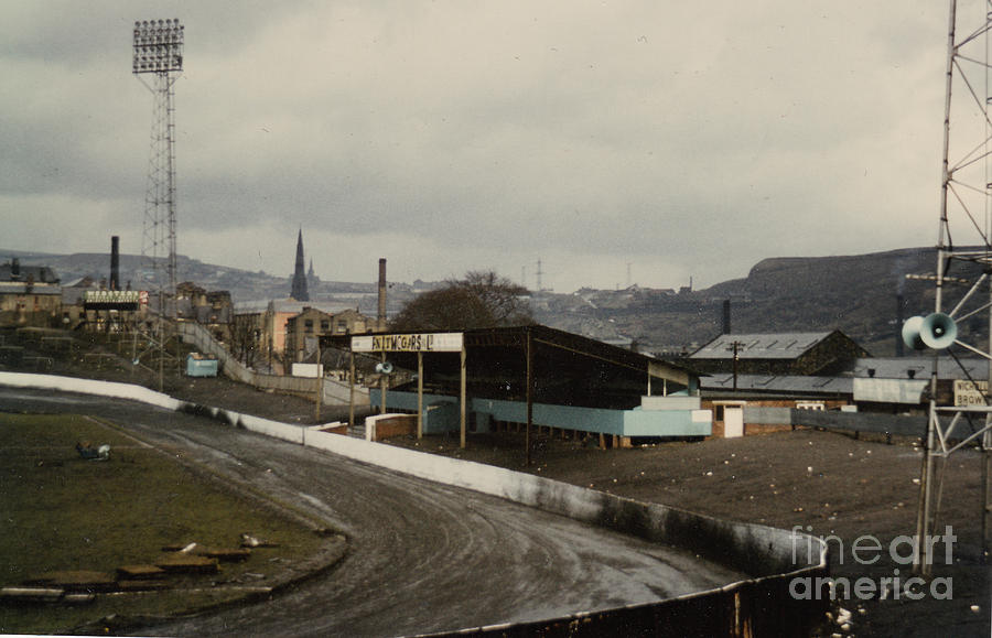 halifax-town-the-shay-east-stand-1-1970s-legendary-football-grounds.jpg
