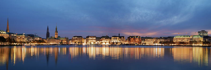 Hamburg Alster Panorama by Marc Huebner