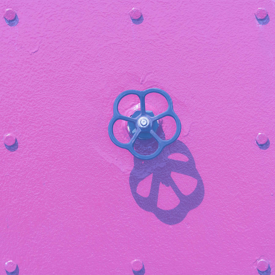 Handwheel - Pink by Ari Salmela