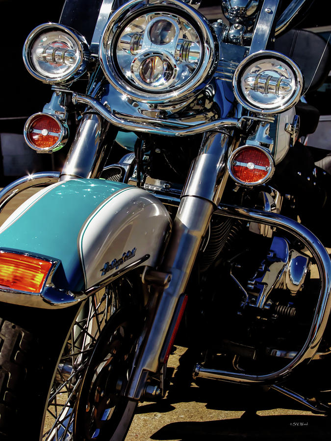 Harley Photograph - Harley Lights 1483 H_2 by Steven Ward