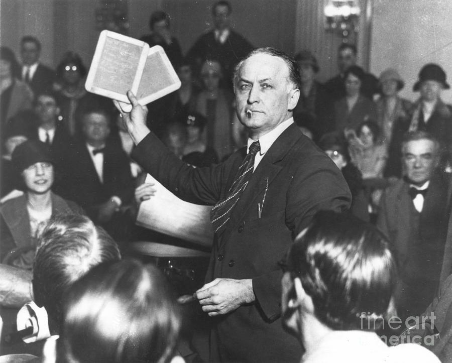 1926 Photograph - Harry Houdini (1874-1926) by Granger
