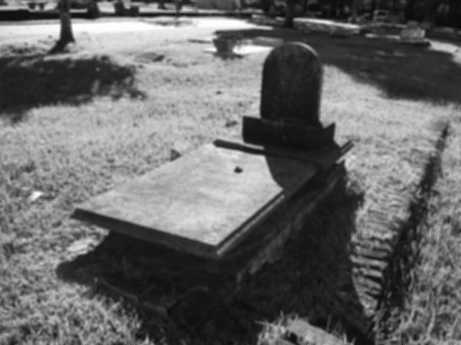 Tomb Photograph - Haunted Tomb by Lindsay Clark