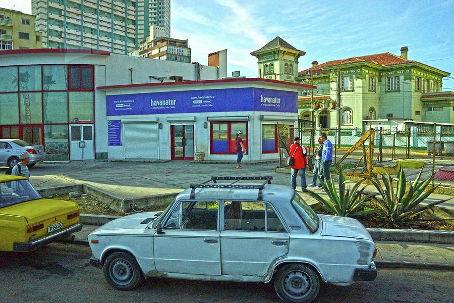 Havana Photograph - Havana-37 by Rezzan Erguvan-Onal