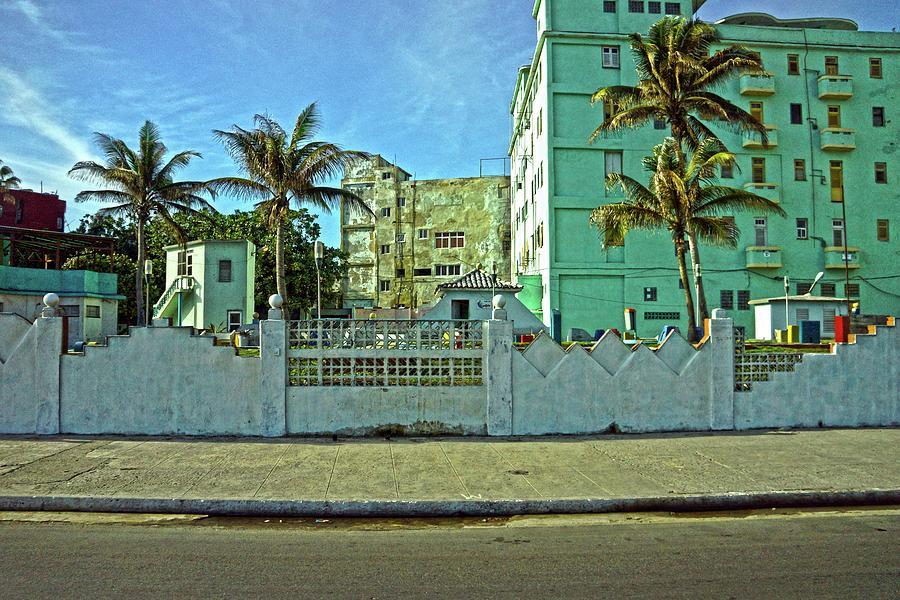 Havana Photograph - Havana-48 by Rezzan Erguvan-Onal