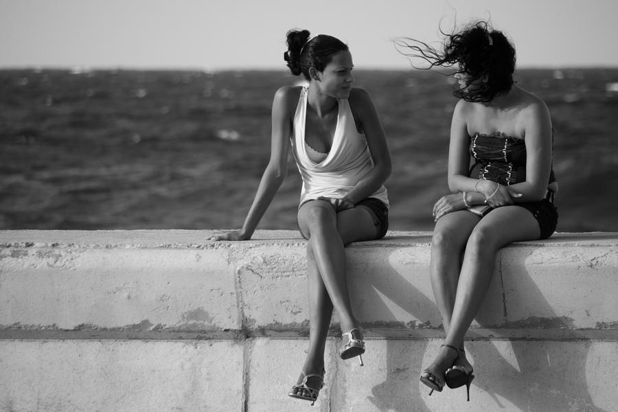 Havana Photograph - Havana Beauties by Peter Verdnik