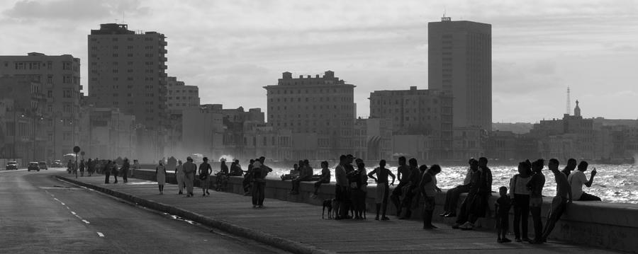 Malecon Photograph - Havana Cuba by Peter Verdnik