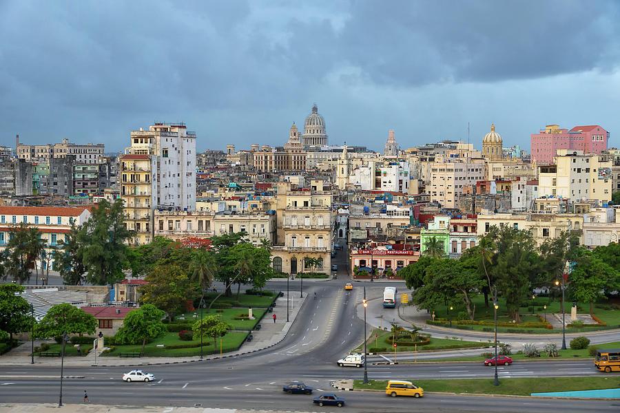 Havana Vieja 3 by Arthur Dodd